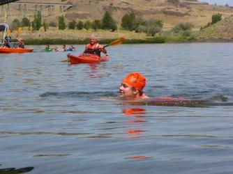 086-swimsnake-1240183